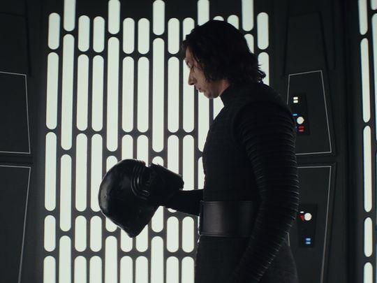 Last_Jedi_Ren_Mask