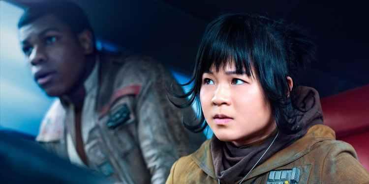 Last_Jedi_Rose_Finn_Ship