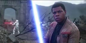 The_Force_Awakens_Finn_Lightsaber