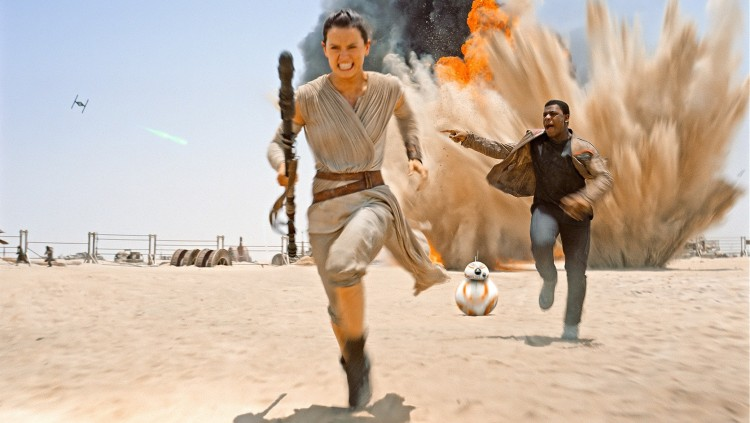 The_Force_Awakens_Finn_Rey_Run